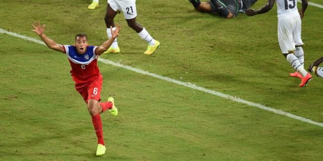 John Brooks scores the game-winning goal for USMNT vs. Ghana