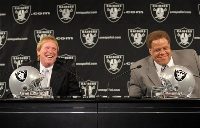 Mark Davis, Raiders owner (left) Reggie McKenzie, Raiders GM (right)